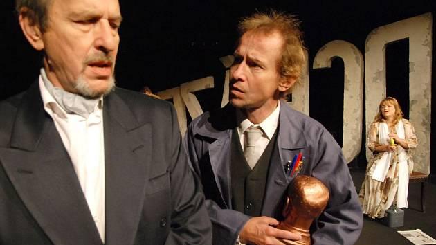 Havlovo Odcházení na scéně hradeckého Klicperova divadla