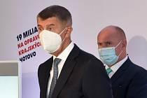 Andrej Babiš a olomoucký hejtman Ladislav Okleštěk. Hnutí ANO 2011 zahájilo v Olomouci kampaň do krajských a senátních voleb, 3. 9. 2020