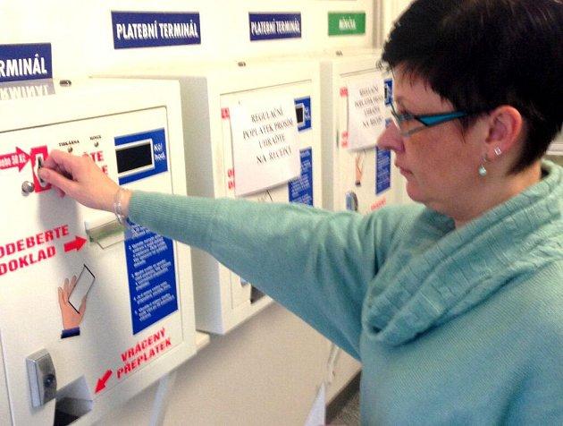 Automat na úhradu poplatků na poliklinice SPEA v Olomouci