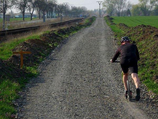 Rozestavěná část cyklostezky od poděbrad směrem na Horku