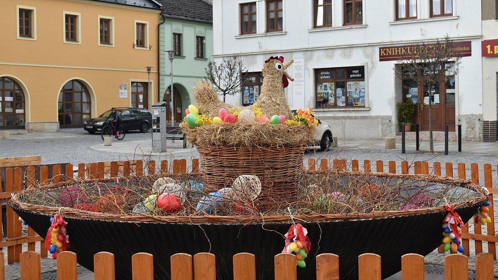 Velikonoční výzdoba v Mohelnici, duben 2021