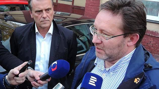 Olomoucký hejtman Jiří Rozbořil (vlevo) a šéf krajské organizace ČSSD Jiří Zemánek