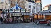 Některé stánky na Dolním a Horním náměstí v Olomouci otevřou už o tomto víkendu, kdy se konají Svatomartinské hody