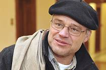 Propagátor léčebných účinků konopí Dušan Dvořák u soudu. Ilustrační foto