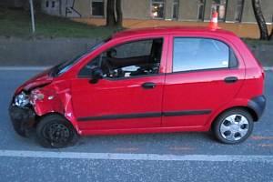 Nabouraný Chevrolet Spark, který řídila opilá řidička