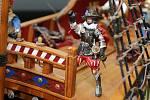 Modelář Petr Šebesta postavil plovoucí maketu vlajkové lodi korzára sira Francise Draka - Golden Hind (Zlatá laň).