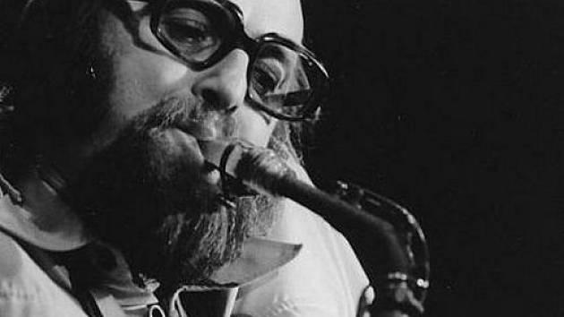 Milan Opravil - jazzman z města želví nálady. Výstava v Galerii Casear