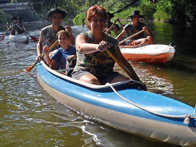 Vodáci chuť na sjíždění řek stále mají.