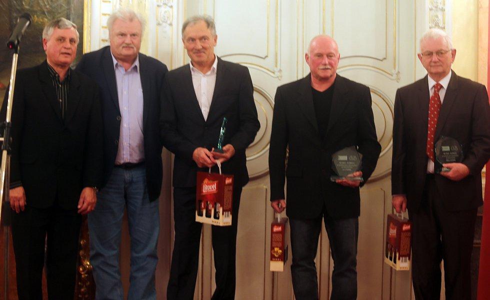 Funkcionářské osobnosti (zprava) Milan Cigánek, Milan Chladil, Jiří Vít