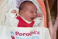 Natálie Zdřálková, Střeň narozena 9.dubna míra 52 cm, váha 4230 g