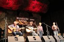 Na Bystřickém banju ve Velké Bystřici zahrála i folková kapela Špunt z Přerova.