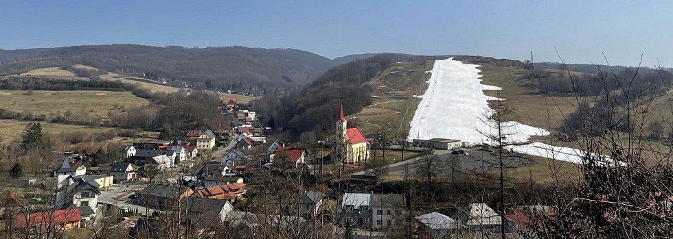 Ski areál Hlubočky 10. března 2021