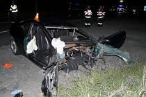 Tragická nehoda u Horní Loděnice na Olomoucku 7. července 2016. Ford vjel do protisměru, kde se srazil s mazdou, v ní zahynul 38letý řidič, další lidé včetně 8leté dívky  byli vážně zraněni.