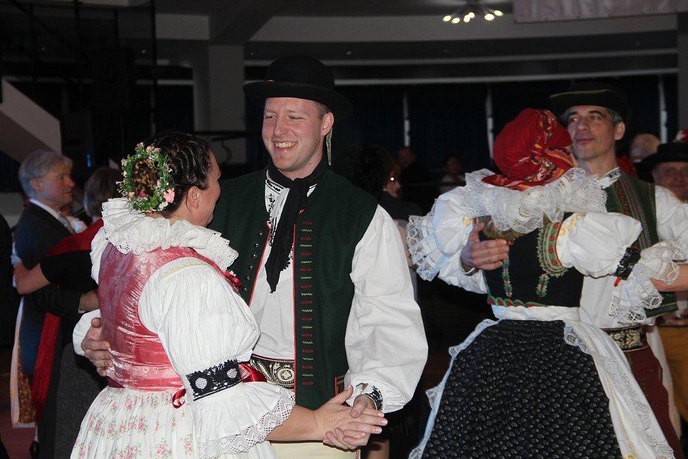 27. ročník Hanáckého bálu v sobotu 1. února v Regionálním centru Olomouc.