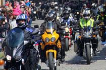 Jarní sraz motorkářů na olomouckém Horním náměstí