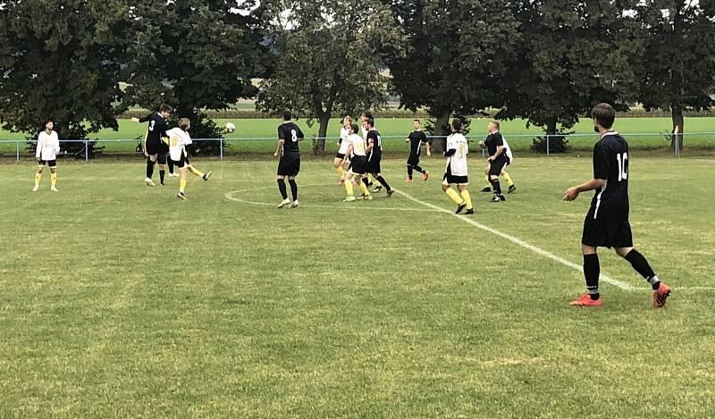 Fotbalisté Střelic smazali v závěru dvougólovou ztrátu, padli na penalty.
