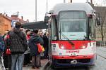 První cestující na nové tramvajové trati v Olomouci
