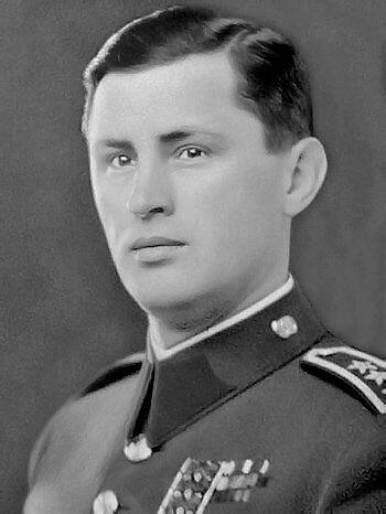 Josef Mašín v uniformě důstojníka československé armády