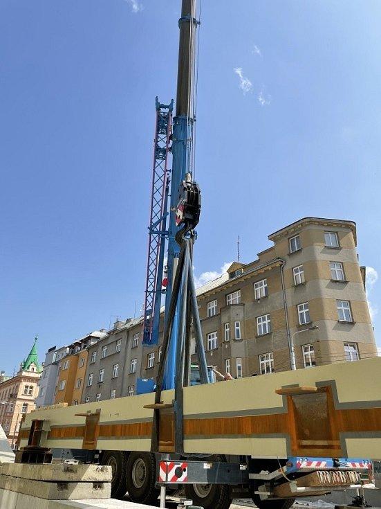 Stavba nového mostu na Masarykově třídě v Olomouci, 24. června 2021