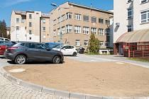 V olomoucké fakultní nemocnici je k dispozici 29 nových parkovacích míst.