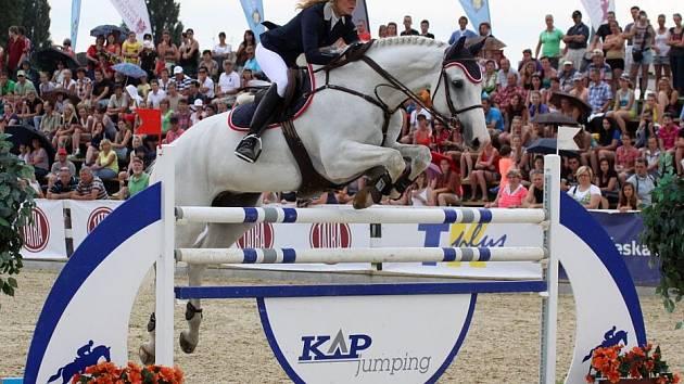 Jana Miklošová s koněm Nourejev vyhrála Velkou cenu v Olomouci