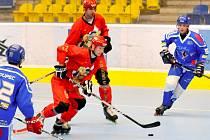 Inline hokej: Přerov (v červeném) proti Olomouci. Ilustrační foto