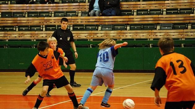 Po dramatickém průběhu finálového utkání dokázaly Nemilany uspět v penaltovém rozstřelu.