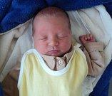 Josef Anderš, Bělkovice-Lašťany, narozen 10. září ve Šternberku, míra 50 cm, váha 3400 g
