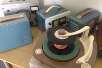 Pozoruhodná výstava mapující výrobu gramofonů v litovelské Tesle