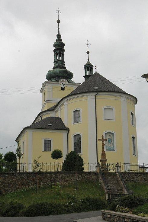 Kostel Nanebevzetí Panny Marie ve Velkém Týnci