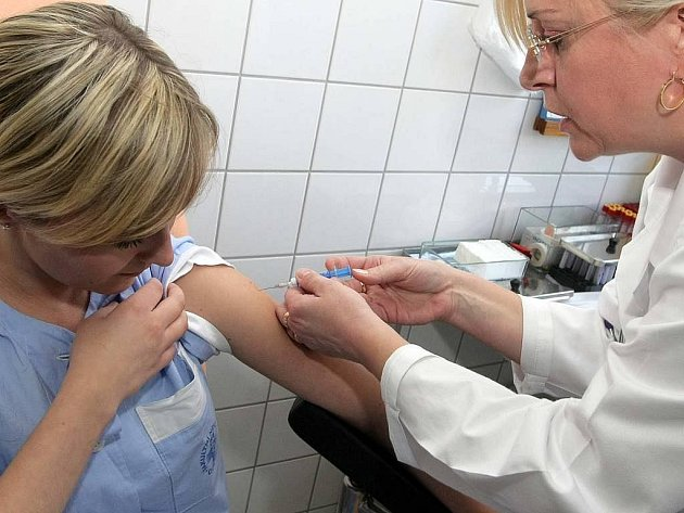 Očkování proti prasečí chřipce ve fakultní nemocnici