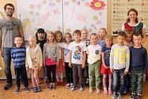 Žáci 1. A ze ZŠ sv. Voršily v Olomouci s paní učitelkou Alenou Rosovou
