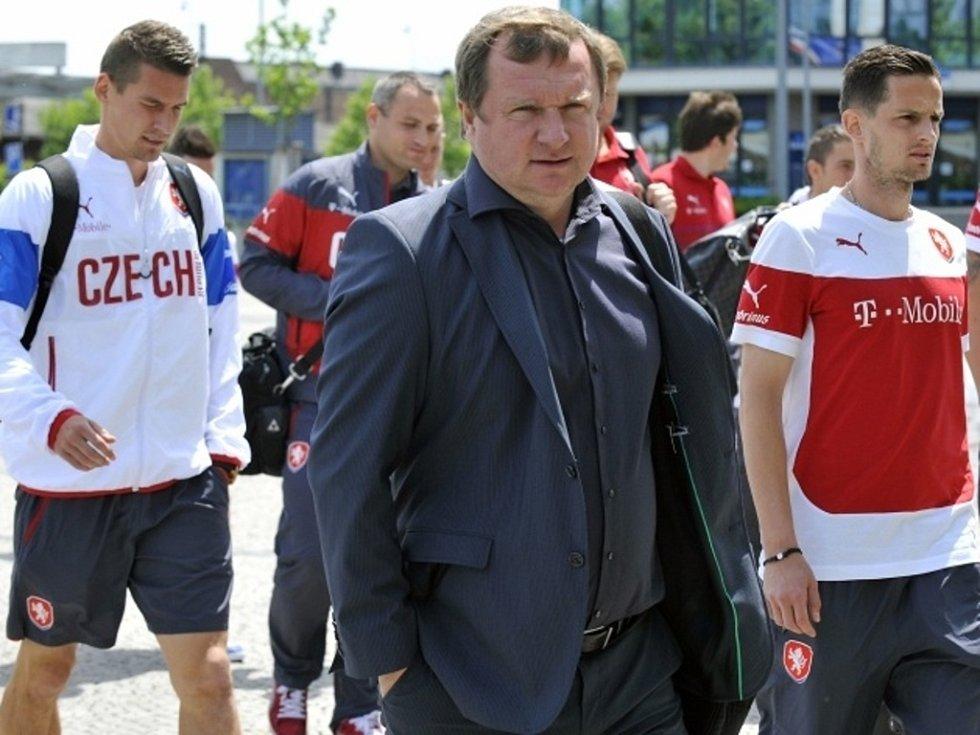 Příjezd České fotbalové reprezentace do Olomouce na zápas s Rakouskem
