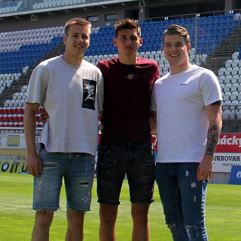 Odchovanci SK Sigma Olomouc Ondřej Zmrzlý, Mojmír Chytil a Pavel Zifčák.