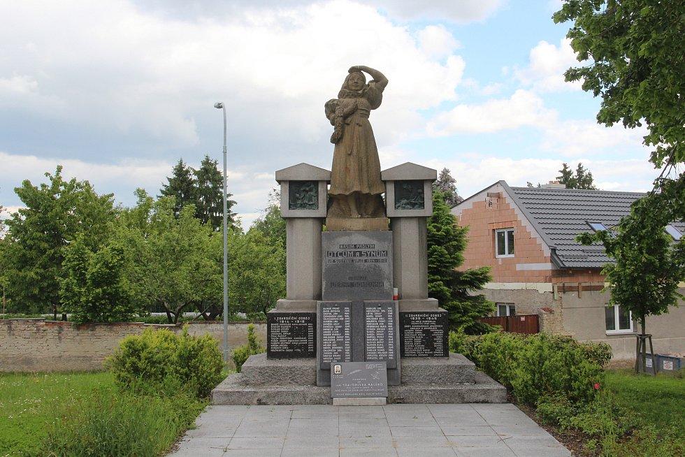 Památník obětem světových válek v Křelově