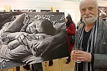 Vernisáž výstavy Jindřicha Štreita v litovelském Městském klubu