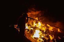 Rozsáhlý požár v Suchonicích na Olomoucku, 21. 3. 2020