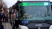 Autobus IDSOK v novém bílém provedení a s novým číslem