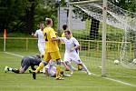 Moravské semifinále Poháru regionů: Olomoucký KFS (v bílém) proti Zlínskému KFS