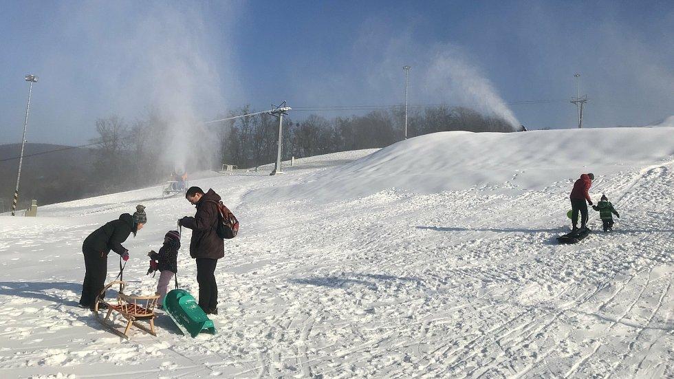 Skiareál v Hlubočkách, 2. prosince 2020