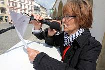 Jom ha-šoa, Den vzpomínání na oběti holocaustu na Horním náměstí v Olomouci