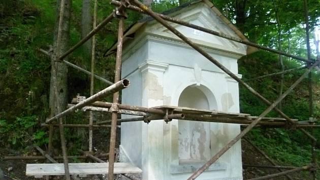 Oprava kapličky v Moravském Berouně