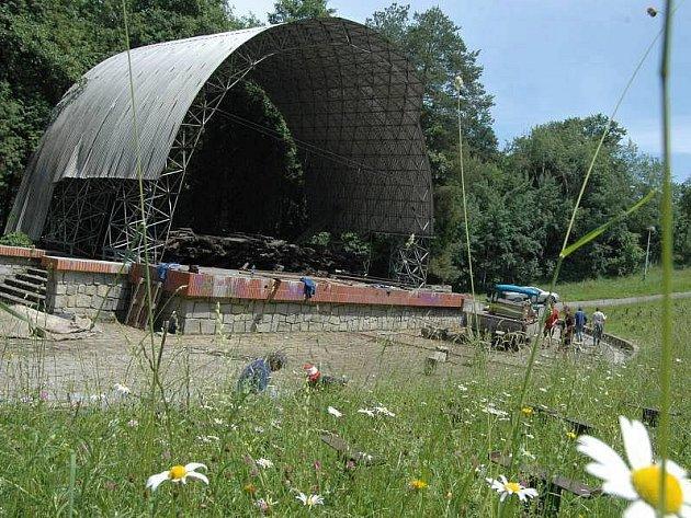 Rekonstrukce amfiteátru v Náměšti na Hané