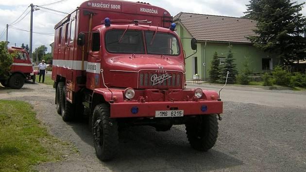 Dobrovolní hasiči v Hradečné