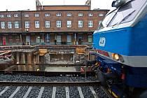 Rekonstrukce nástupišť, podchodu a tratí na hlavním nádraží v Olomouci