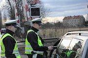 Na dodržování pravidel silničního provozu a především na dodržování pravidel silničního provozu při přejíždění železničních přejezdů se zaměřili v pátek 24. února dopravní policisté.
