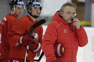 Zdeněk Moták na tréninku olomouckých hokejistů