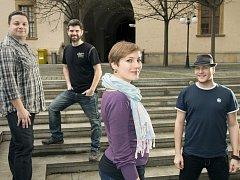Kapela Kofe@Vlna vydala novou desku. Představí ji v Olomouci.