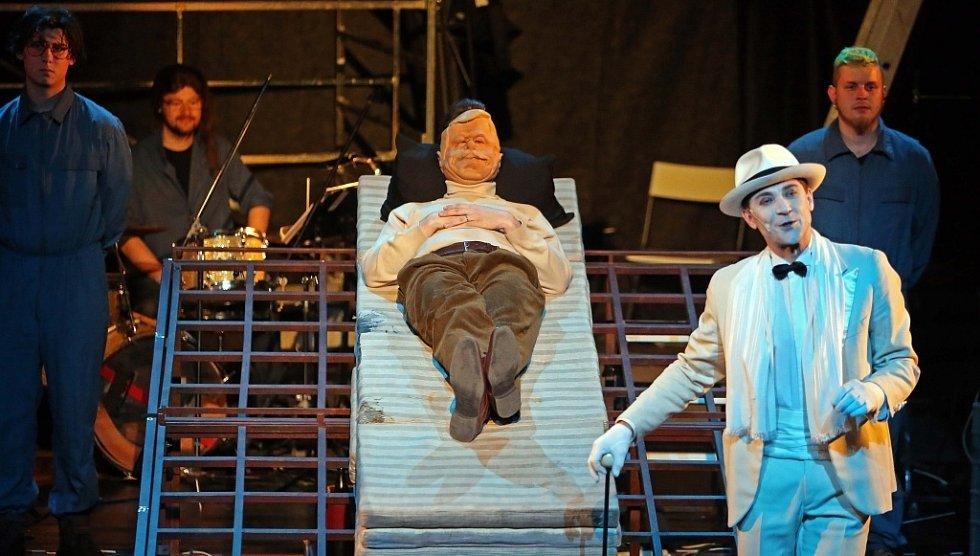 Hudebně-divadelní projekt Velvet Havel