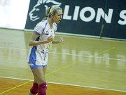Olomoucké volejbalistky (v oranžovém) podlehly Prostějovu 0:3 Mareike Hindriksenová